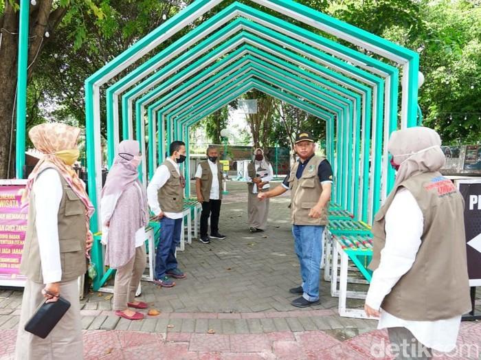 Gugus Tugas COVID-19 Banyuwangi Tutup Food Court Yang Abaikan Physical Distancing
