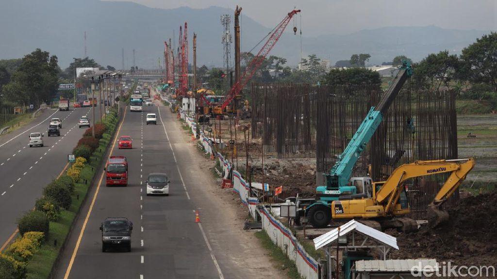 Menengok Pembangunan Kereta Cepat di Kawasan Buah Batu