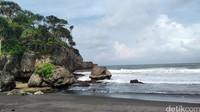 Pantai Madasari berlokasi 20 Km arah barat pantai Pangandaran. (Faizal Amiruddin/detikcom)