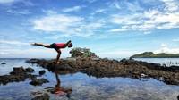 Buat warga yang ingin merasakan sensasi berwisata di tempat yang baru, pantai pasir putih Tappina bisa menjadi salah satu pilihan untuk dikunjungi. (Abdy Febriady/detikcom)