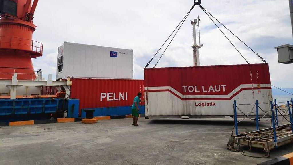 Kirim Logistik ke Papua, Tol Laut Bakal Tersambung dengan Pesawat