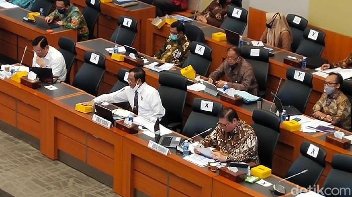 4 Menko Jokowi Dipanggil ke DPR Bahas Anggaran, Muhadjir Absen
