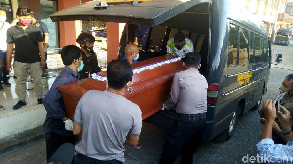 Jenazah Penyerang Wakapolres Karanganyar Dimakamkan di Semarang