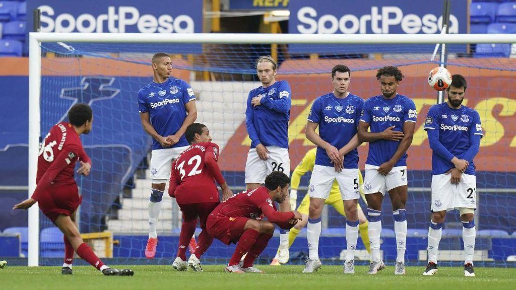Everton Lagi Oke, Liverpool Lupakan Rekor Tak Terkalahkan Sejak 2010
