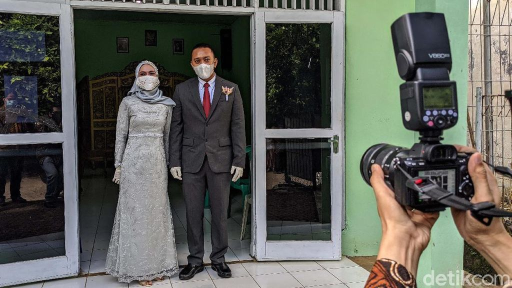 Melihat Prosesi Akad Nikah di Tengah Pandemi