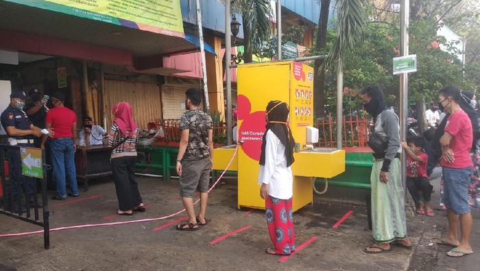 Pasar Kebayoran Lama.
