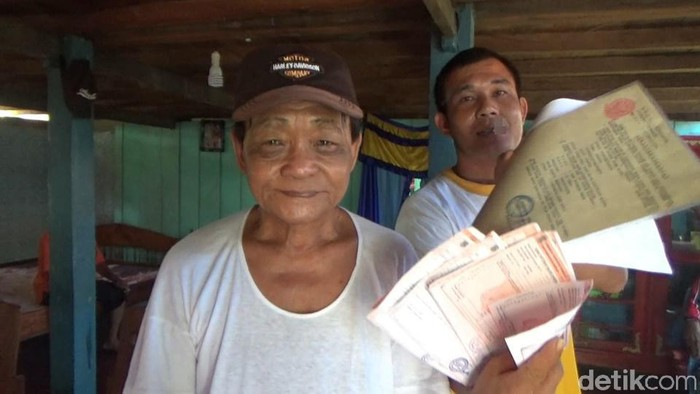 Raja (63) pria yang diduga menjual Pulau Malamber, Sulbar (Abdy Febriady/detikcom)