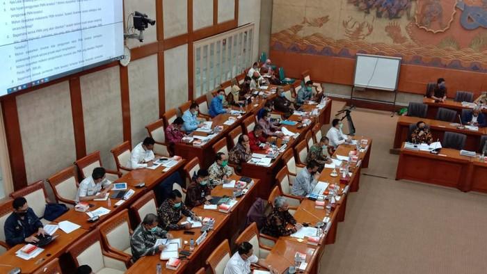 RDP Komisi VI DPR dengan BUMN