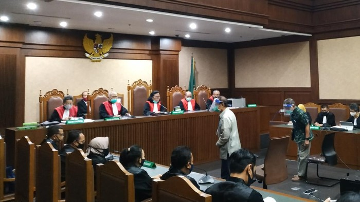 Sidang putusan Raden Priyono dan Djoko Harsono, dn PN Tipikor Jakarta Pusat, Senin (22/6/2020).