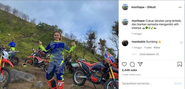 Gunung Sumbing masih ditutup untuk pendakian hingga kini. Gunung Sumbing juga terlarang untuk aktivitas trabas sudah sejak 2018 lalu. Monita lewat IG Stories-nya mengatakan pihaknya sudah mendapatkan izin untuk trabasan.