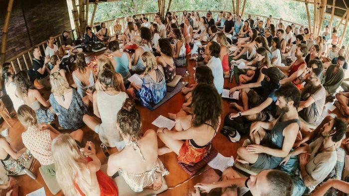 Viral bule kumpul di Ubud, Bali. Penyelenggara sampaikan klarifikasi (dok. Istimewa)