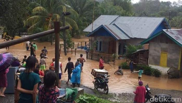 Banjir di Penanjung Bengkulu Tengah