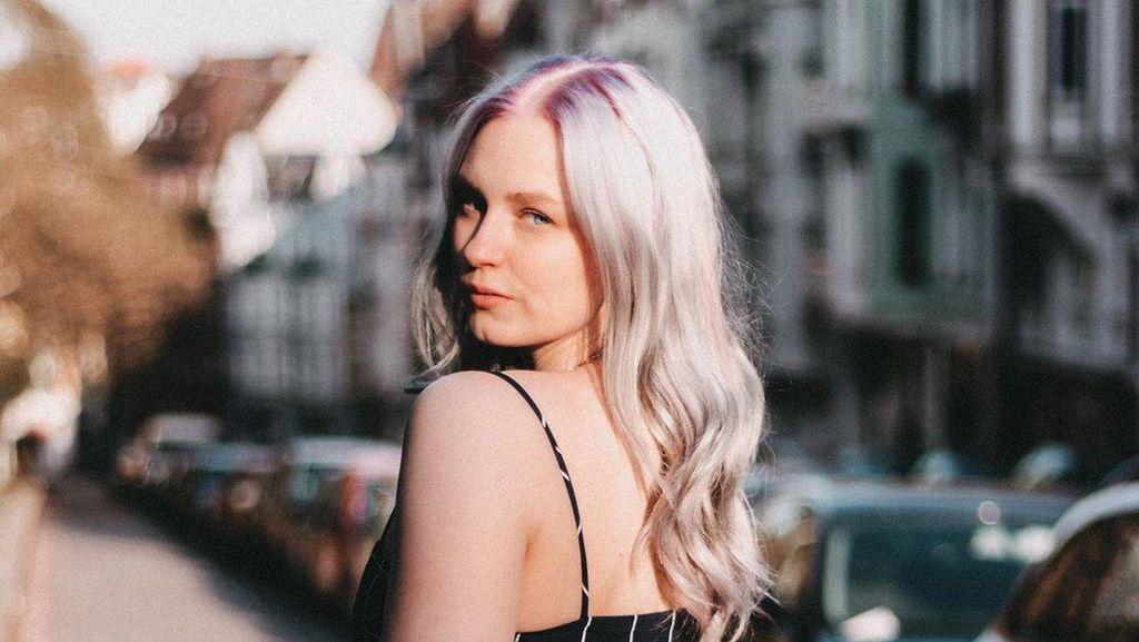 Wanita Ini Dulu Binaragawan Kekar Kini Jadi Model Berukuran Plus