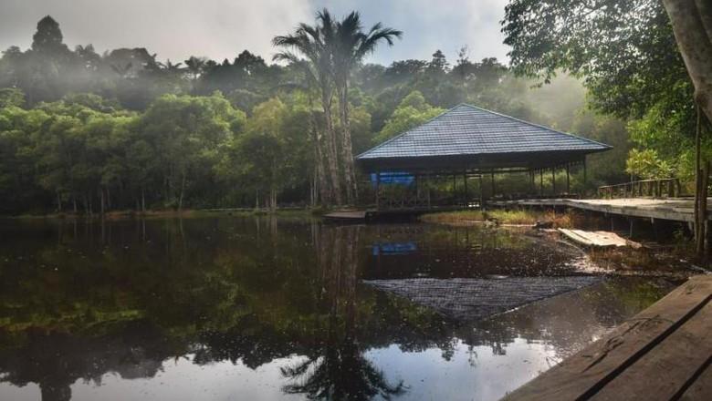 Danau di Kutai Barat.
