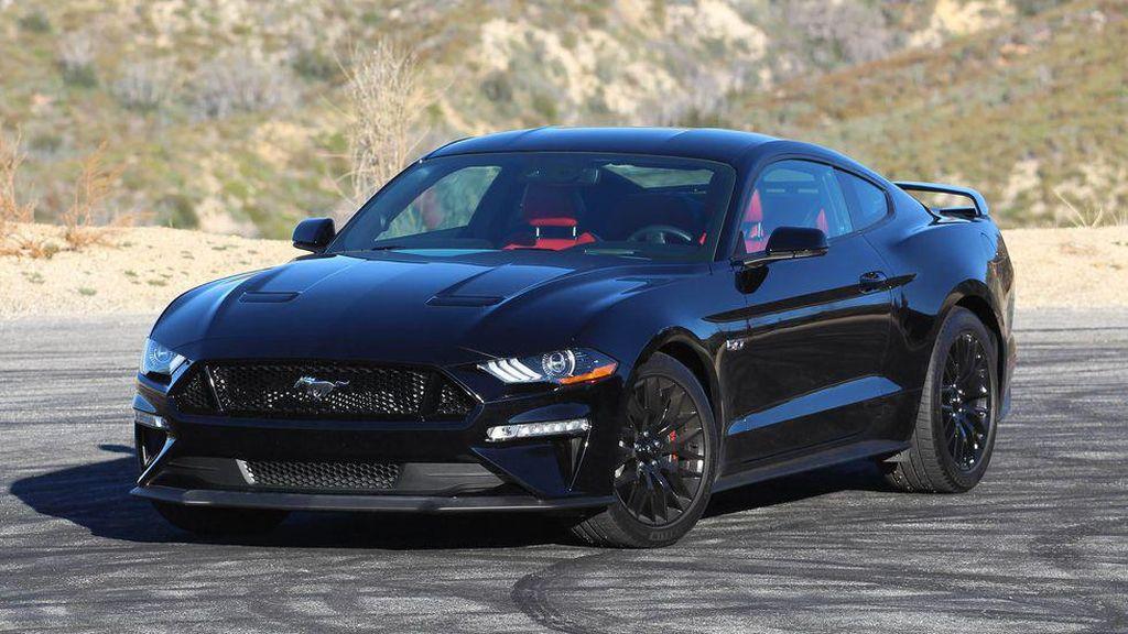 Mau Dijual Rp 4 M, Segini Pajak Mobil Mustang Milik Sule