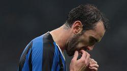 Diego Godin Sedang Khawatir di Inter Milan