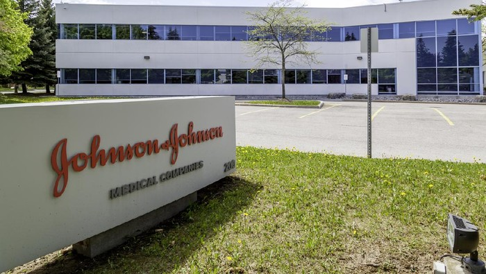 Gedung Johnson & Johnson di Markham, Ontario, Kanada.