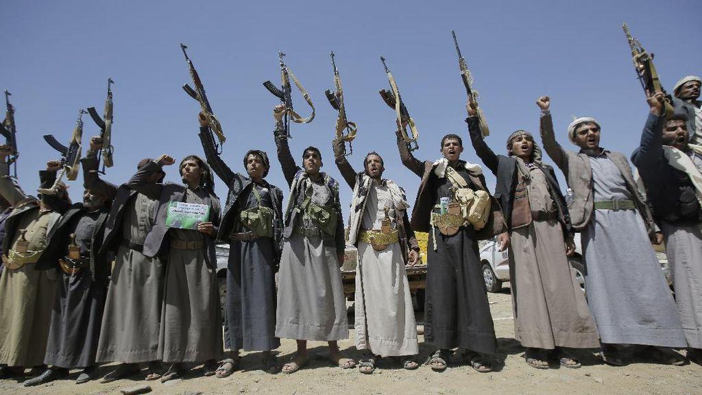 Houthi Tembakkan Proyektil ke Arab Saudi, 5 Warga Sipil Terluka