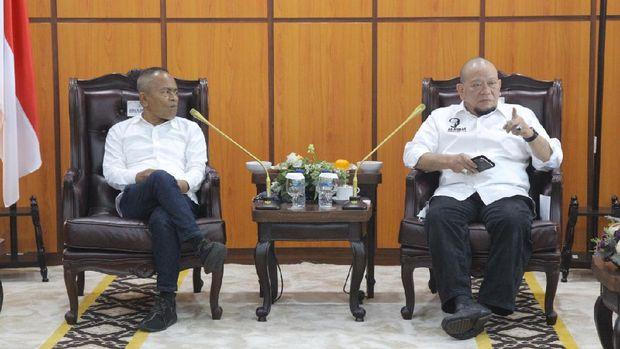 Pengurus PWI menemui pimpinan DPD membahas soal kerja sama membawa aspirasi daerah ke pusat (dok. Istimewa)