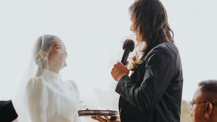 pernikahan tara basro dan daniel adnan