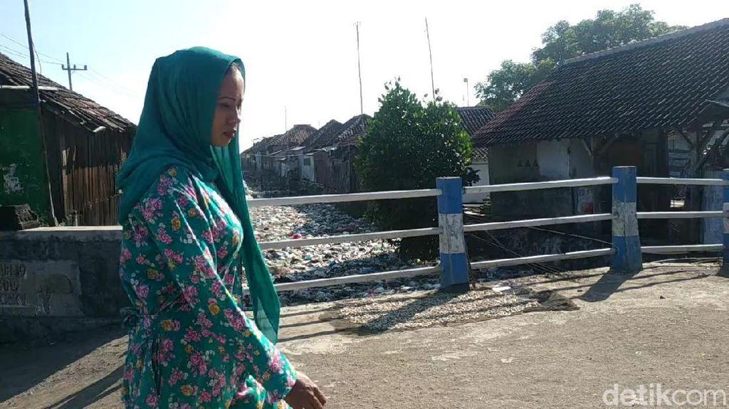 Solusi Sungai Menjijikkan Penuh Sampah di Pasuruan Tak Cukup dengan Imbauan