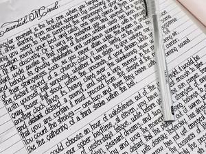 Ini Kata Wanita yang Viral karena Tulisannya Mirip Banget Ketikan Komputer