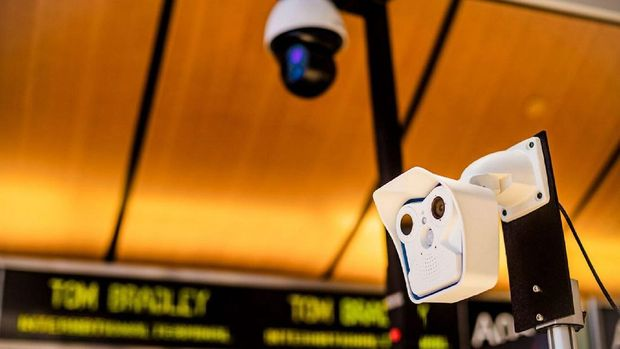 Bandara Internasional LA pasang kamera thermal