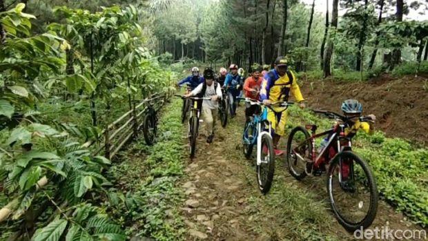 Jalur Sepeda di Ciamis