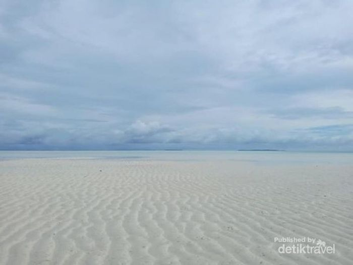 Kepulauan Ayau dan insonem