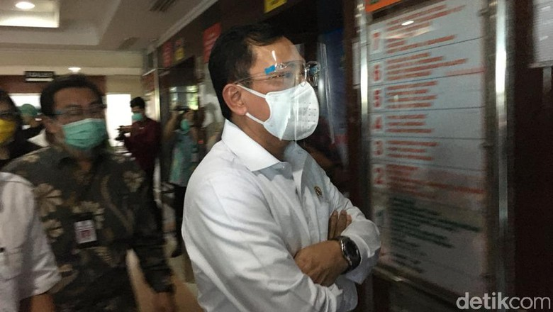 Menkes Terawan di Surabaya