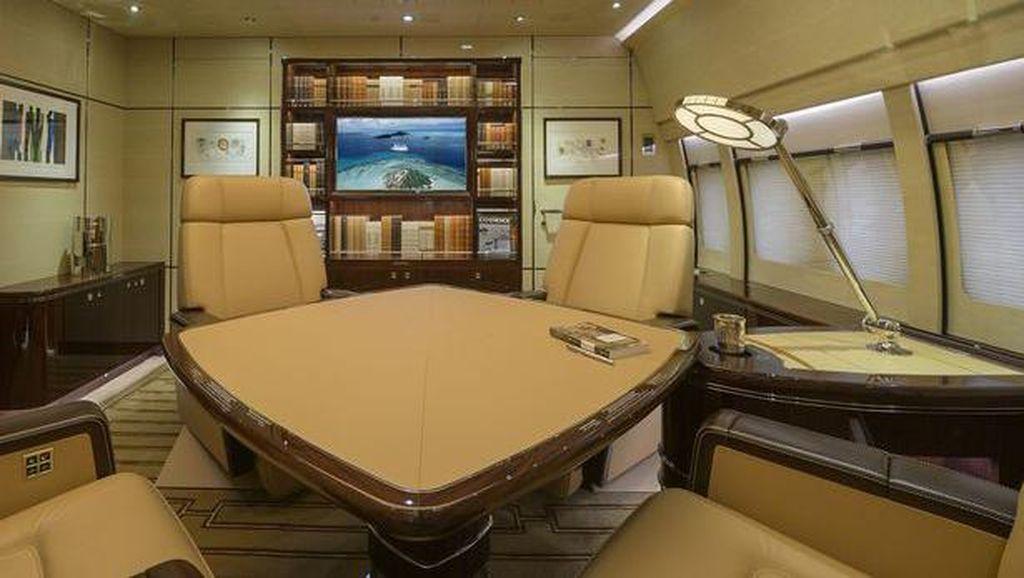 Mengintip Jet Pribadi yang Disebut Istana Terbang