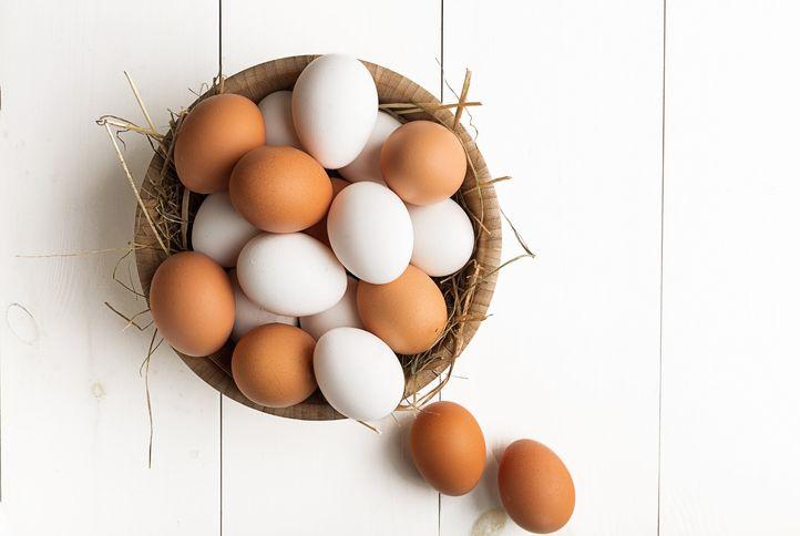 Rekor Dunia Menyusun Telur