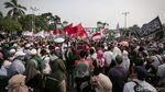 Potret Aksi Demo PA 212 di Depan DPR