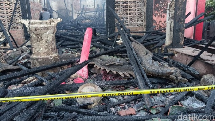Vihara Setia Dharma di Pasar Baru, Kota Balikpapan, Kalimantan Timur (Kaltim) kebakaran.