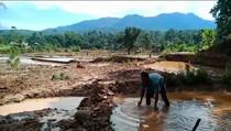 Diterjang Banjir, Jalan-Sawah dia Bengkulu Tengah Rusak