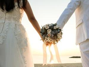 Viral Pasangan Pengantin Taaruf, Malu Saat Salaman Padahal Sudah Nikah