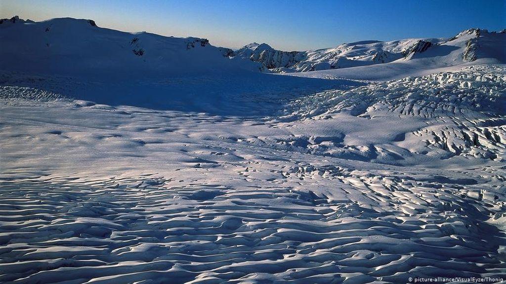 Mencairnya Gletser di Selandia Baru Mampu Cukupi Persediaan Air Minum Nasional
