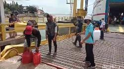 Pelayaran Perdana di Mamuju, Penumpang Dibatasi-Protap Kesehatan Diterapkan