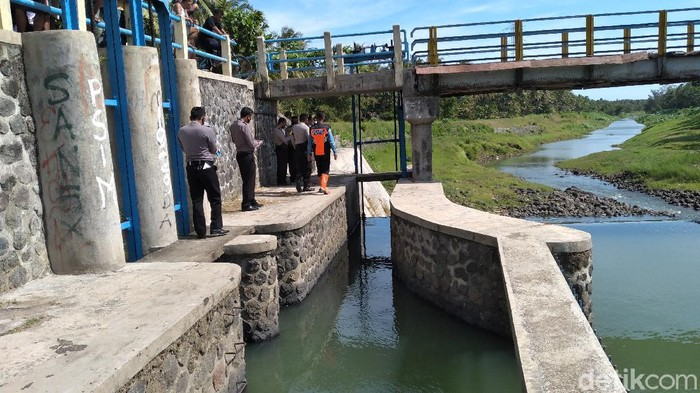 Seorang bocah tewas tenggelam di Sungai Serang, Kulon Progo, Kamis (25/6/2020).