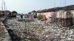 Sungai Menjijikkan Penuh Sampah di Pasuruan Dikeruk