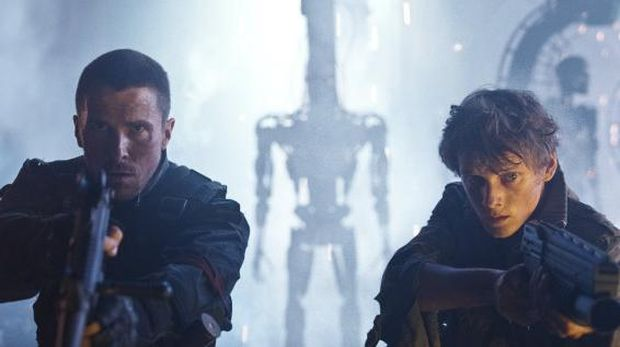 TS-VFX-00335CHRISTIAN BALE (left) as John Connor and ANTON YELCHIN as Kyle Reese in Warner Bros. Pictures action/sci-fi feature Terminator Salvation, a Warner Bros. Pictures release, also starring Sam Worthington.