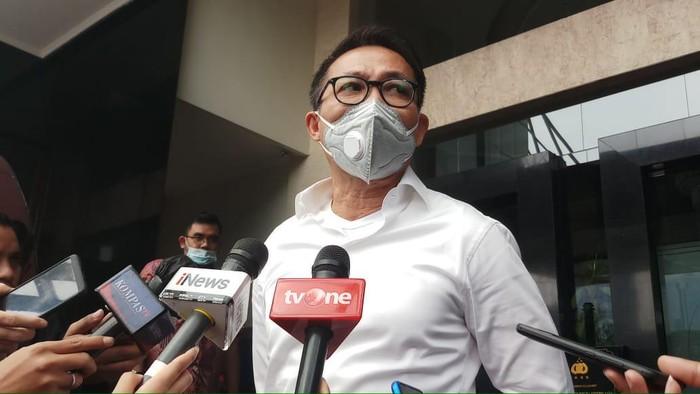 Ketua Komisi III DPR Temui Kapolda Metro, Minta Usut Pembakar Bendera PDIP