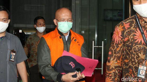 KPK menahan tersangka kasus dugaan suap ke mantan anggota DPR Bowo Sidik Pangarso, Taufik Agustono (Ibnu Hariyanto/detikcom)