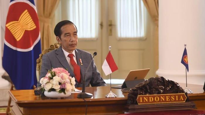 Presiden Jokowi menghadiri KTT ASEAN ke-36 secara virtual.