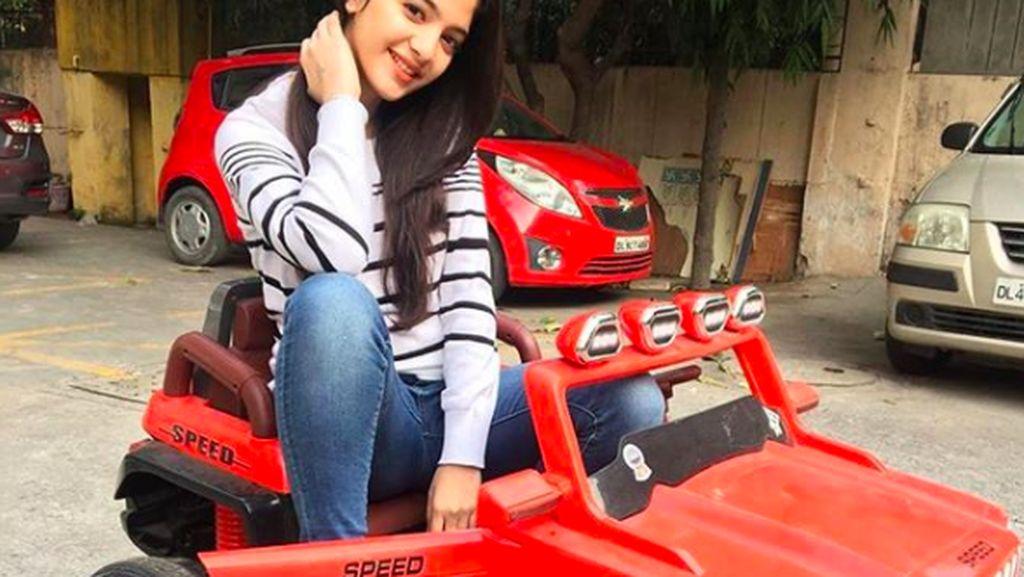 Bintang TikTok India Umur 16 Tahun Bunuh Diri