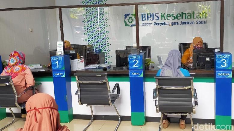 Sebanyak 651.323 peserta Jaminan Kesehatan Nasional-Kartu Indonesia Sehat (JKN-KIS) kelas III di Banyuwangi, mendapatkan subsidi dari pemerintah. Yakni untuk pembayaran iuran per Juli mendatang.