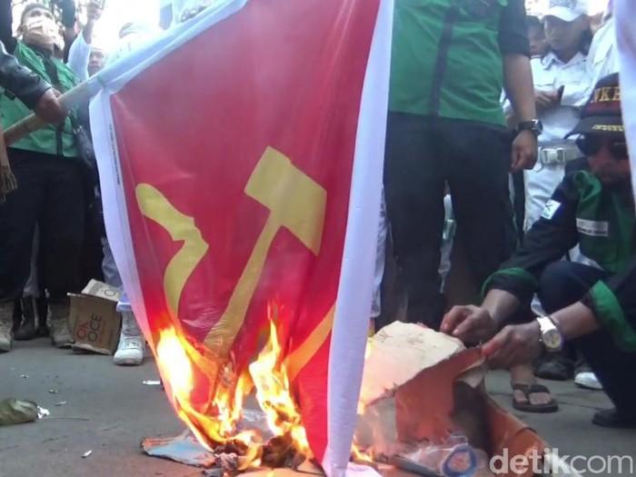 Demo RUU HIP di purwakarta
