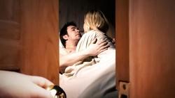 Suami di Gresik Gerebek Istri Sedang Selingkuh di Rumah Saat Ditinggal Kerja