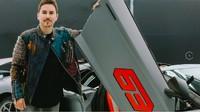 Lorenzo Berulah Lagi, Nyinyirin Dua Pebalap MotoGP yang Bela Crutchlow