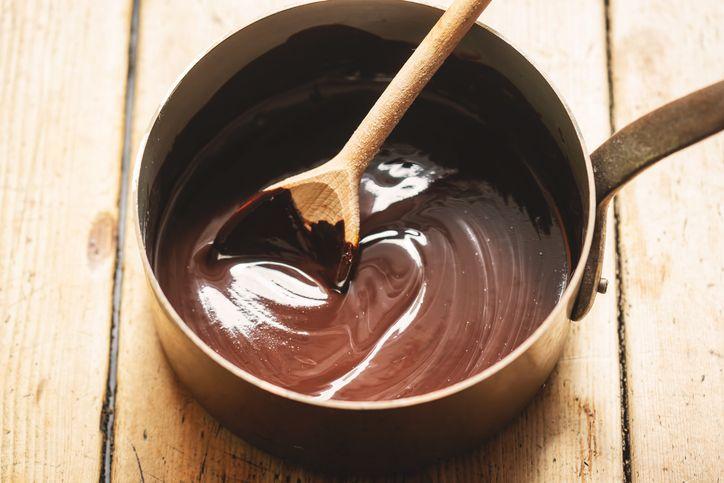 Pasta campur cokelat